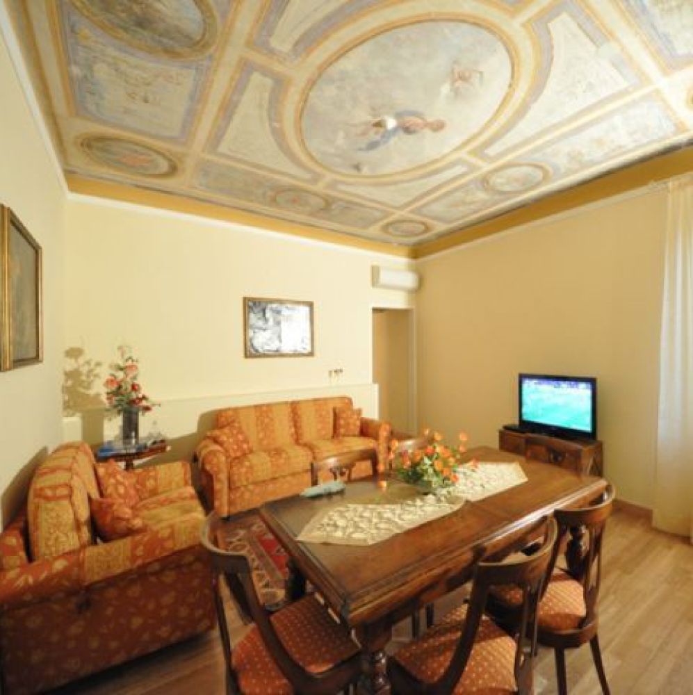Charming apartment in Florence