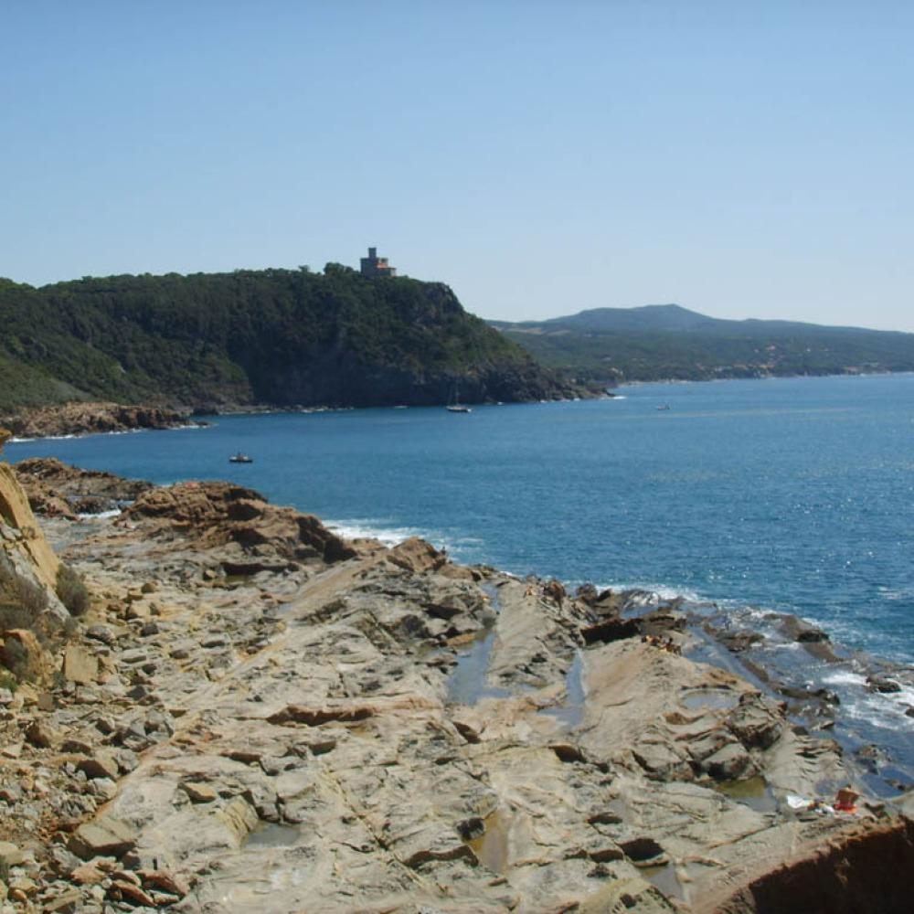 Vespa tour on the Etruscan Coast