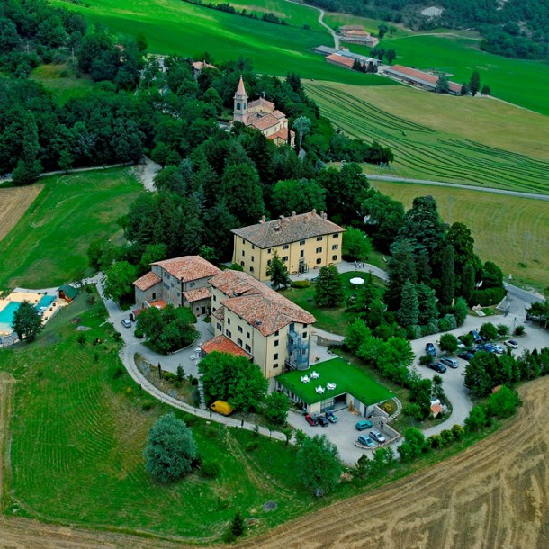 Hotel and emotions on the Appennini