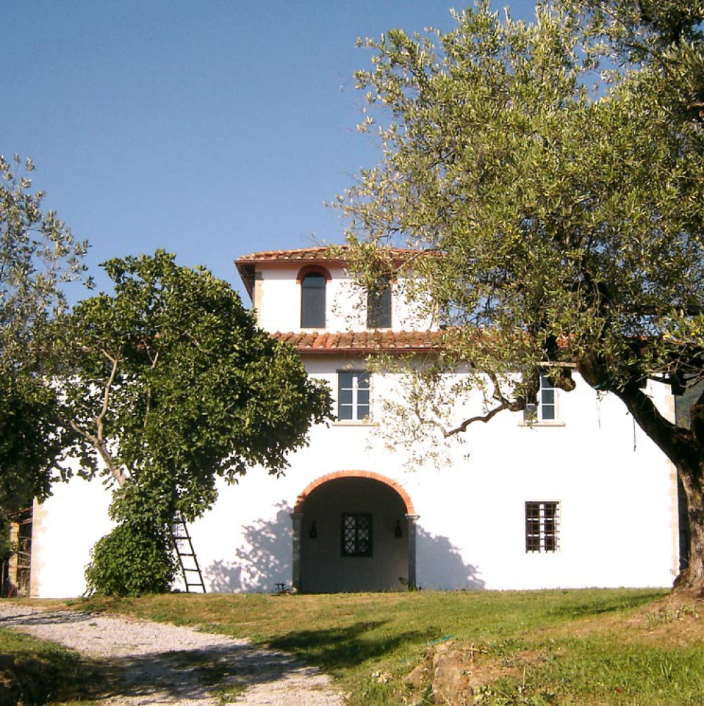 Elegant countryhouse in the olive groves