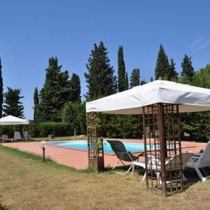 Farmhouse vineyard & pool, seaside Follonica