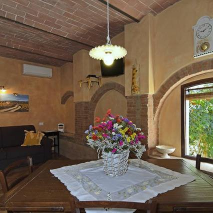 Appartamenti & piscina sulla strada del vino