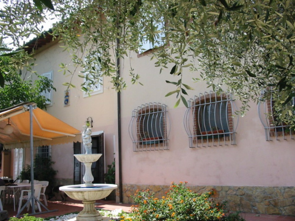 Villa in Versilia and Alpi Apuane