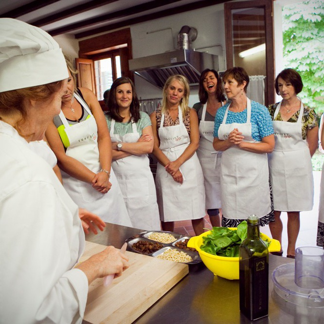 One week cooking experience in villa & tours