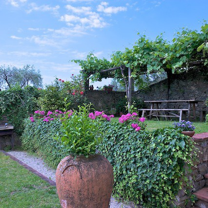Villa vicino a Lucca con panorama e piscina