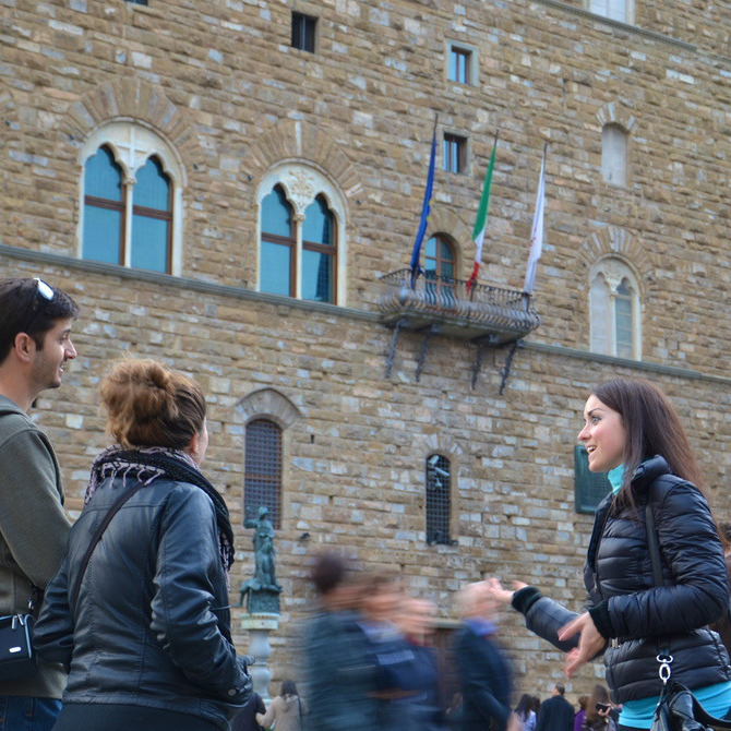 Classic tour on foot in Florence downtown