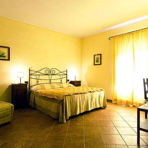 Elegant family B&B in Siena countryside