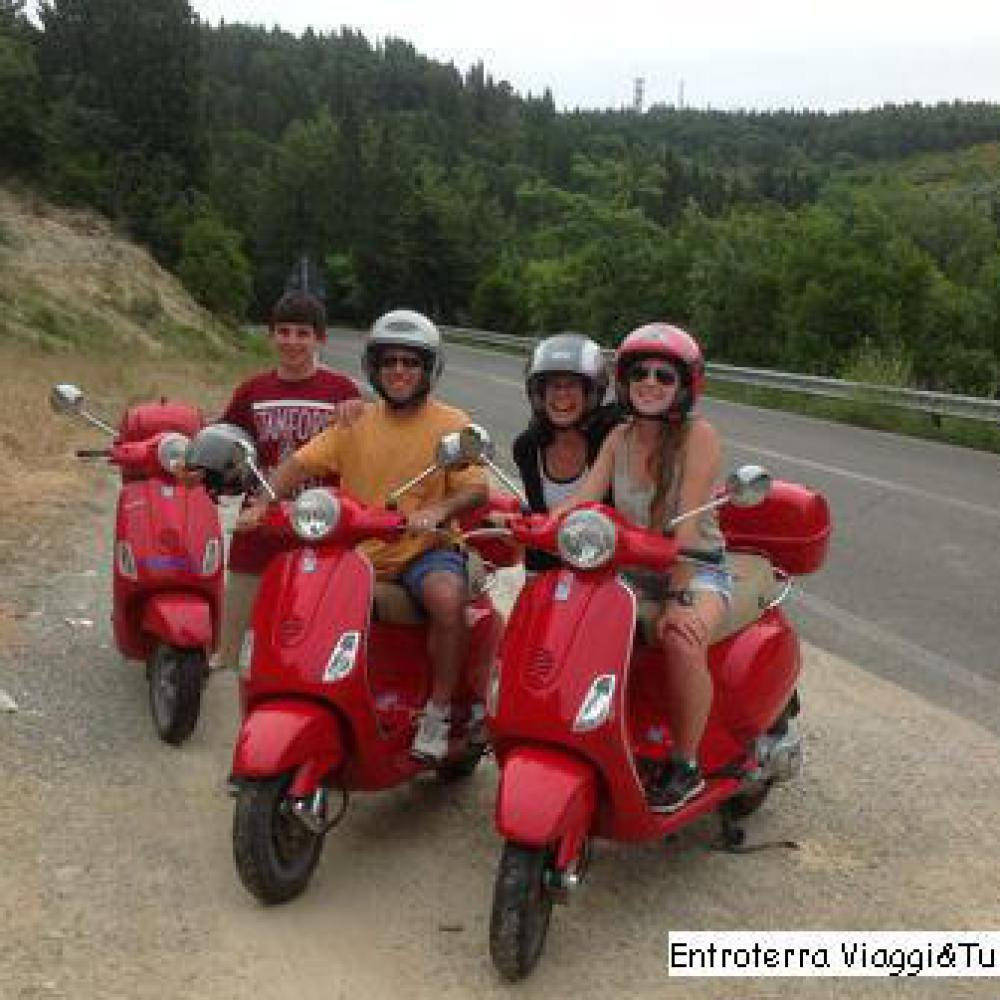 Vespa tour from San Gimignano to Volterra